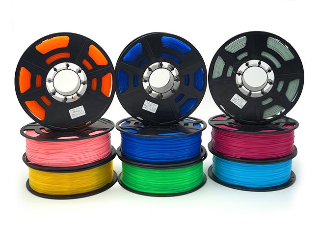 Filamente der Marke Kaisertech in verschiedenen Farben